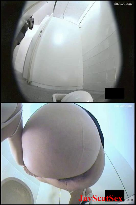 BFTD-05 Spy camera Double view toilet peeing and pooping. (Uncensored) Closeup SD (1.57 GB)